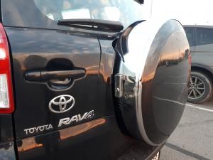 Бокс (чехол) запасного колеса из нержавеющей стали (225/65R17; 235/60R16) Toyota RAV4|escape:'html'
