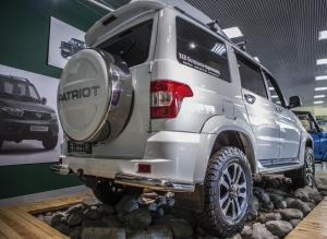 Бокс (чехол) запасного колеса из нержавеющей стали RALEX-TUNING (265/75 R16; 275/70 R16) УАЗ ПАТРИОТ